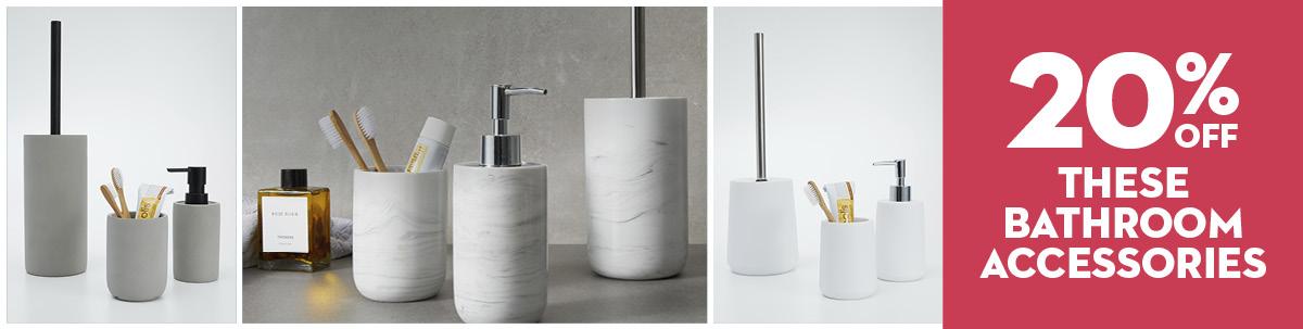 August Mailer - Bathroom